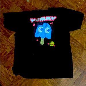 Pac-Man design black thee